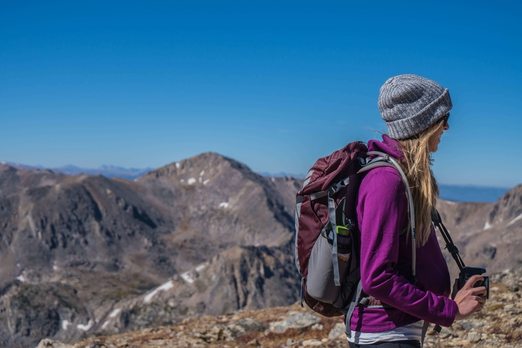 hiking-backpacks-women