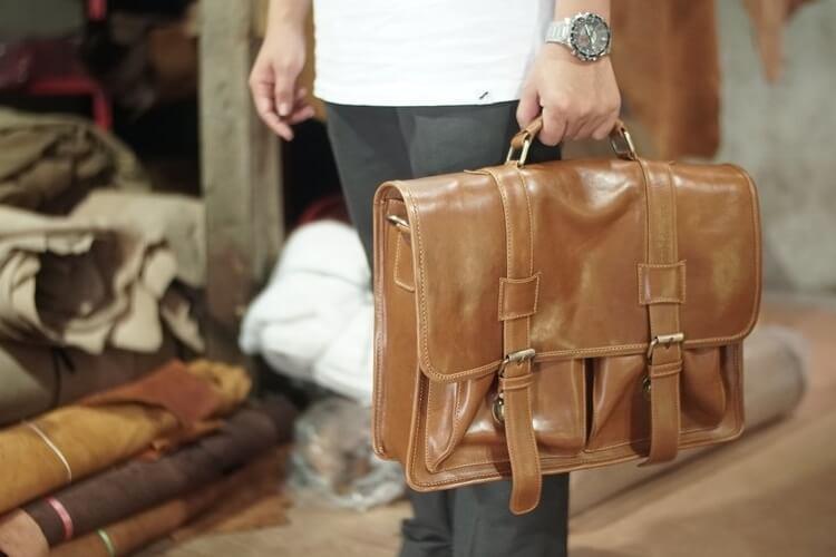 Best Leather Messenger Bags for Men