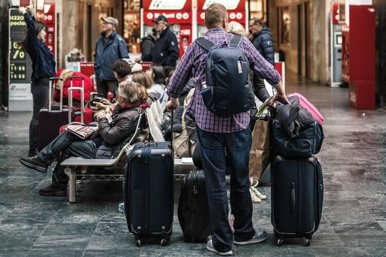 Best Luggage Sets for International Travel